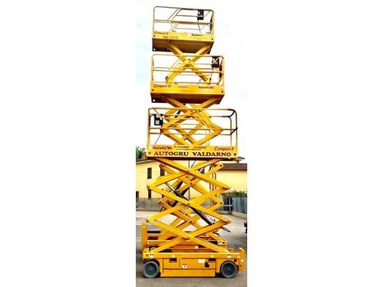 Piattaforme verticali elettriche per ogni necessit...