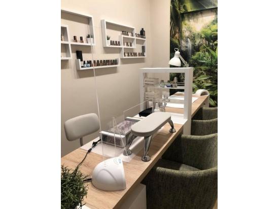 Sala Manicure e Ricostruzione unghia ...