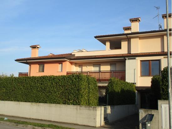 LATISANA: in nuova zona e residenziale al primo pi...