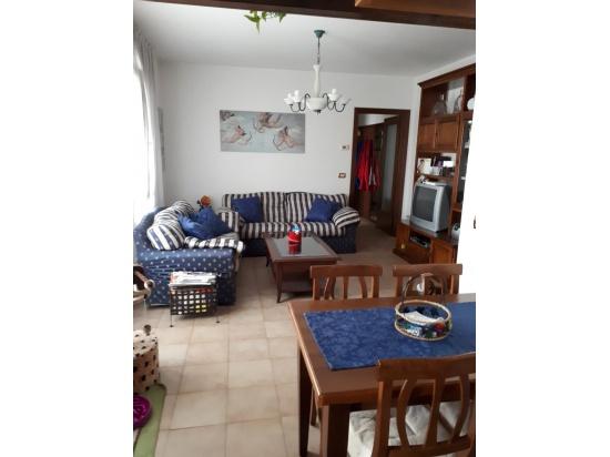 RONCHIS appartamento in centro paese  - piano 3° ...