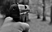 Indagato per eccesso di legittima difesa perché ha sparato al ladro